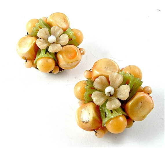 FREE US SHIPPING Vintage Yellow Lime Beige Beaded Earrings Clip On Floral Jewelry