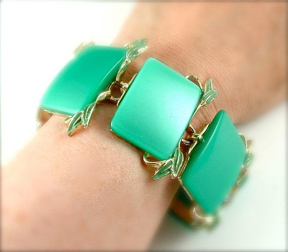Vintage Runway Bracelet Thermoset Jewelry Aqua Turquoise Mint Green Statement Bracelet ((Free Shipping USA))