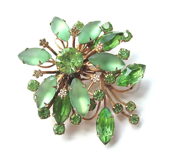 Rhinestone Brooch Vintage Peridot Jewelry Mint Green Art Glass Tiered Brooch, Free US Shipping