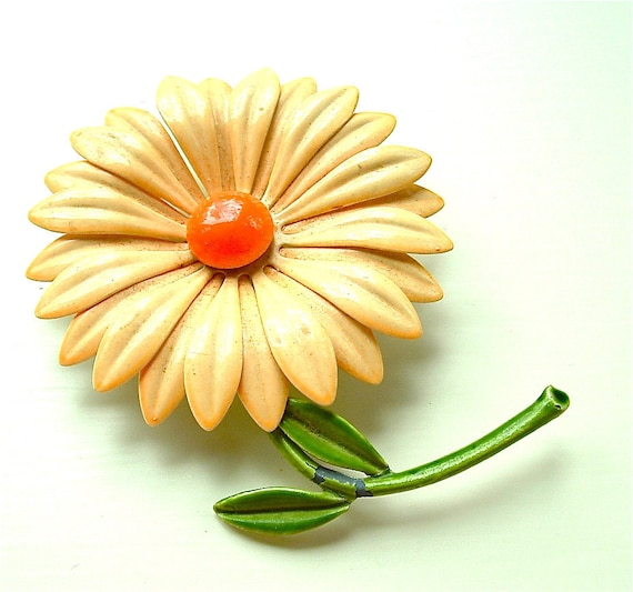 SALE Vintage Flower Brooch Enamel Jewelry Sunny Sand and Orange Floral Costume Jewelry, Free US Shipping