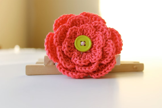 Pink Crochet Flower Hair Clip, Girl hair accessory, Christmas, Toddler, Kids, Baby Girl - Gift For Her