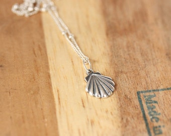 Pretty Silver Shell Necklace