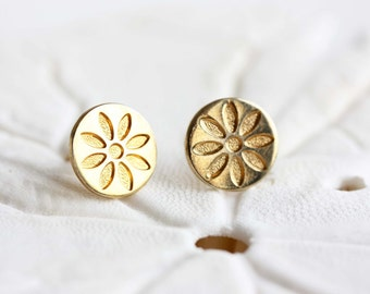 Gold Circle Flower Studs, Flower Studs, Daisy Studs, Round Gold Studs