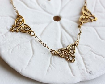 Triangle Necklace Filigree, Brass Filigree Necklace, Gold Triangle Necklace, Filigree Necklace, Collar Necklace, Short Necklace, Necklace