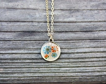 Flower Circle Necklace