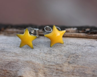 Sample Sale - Tiny Yellow Enamel Star Studs