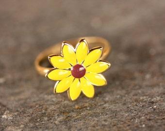Yellow Daisy Flower Ring