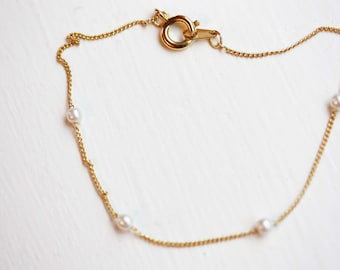 Tiny Gold and Pearl Chain Bracelet