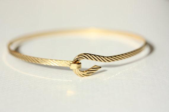 Gold Wire Bracelet - Diagonal Stripes