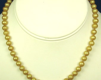 Hand Tied Imitation Pearl  Necklace