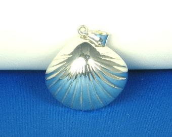 925 Sterling Seashell Pendant