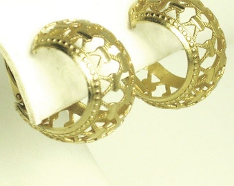 Vintage Openwork Gold Tone Metal Earrings