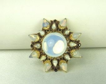 Florenza Glass Cabochon Floral Pin