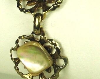 Vintage Abalone and Gold Tone Metal Link Bracelet