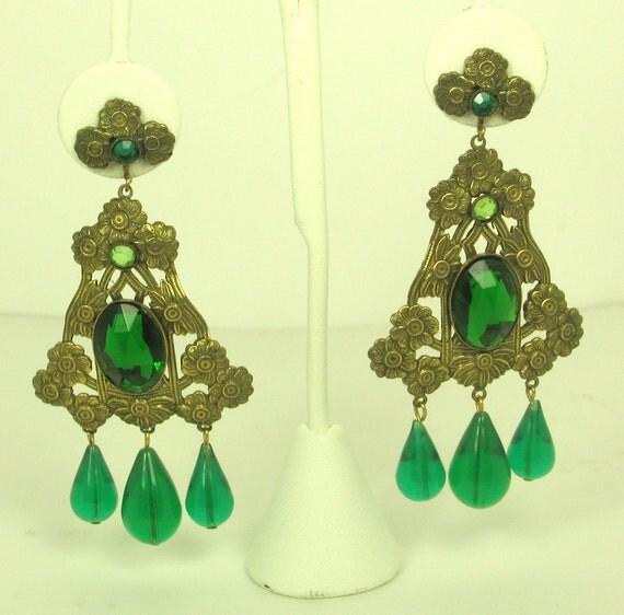 Vintage Hattie Carnegie Green Dangle Floral Earrings