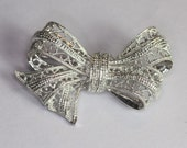 14K White Gold and Diamond Filigree Bow Brooch Estate Vintage
