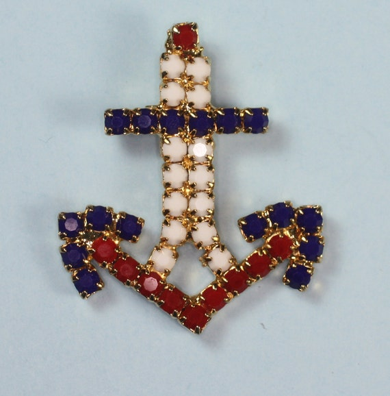 Vintage Anchor Pendant Red White and Blue Beaded Pendant Necklace