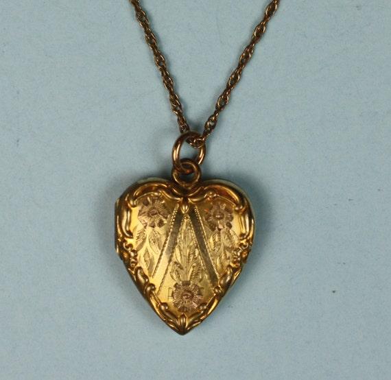 Vintage Photo Locket Gold Filled Heart Shaped Victorian Revival