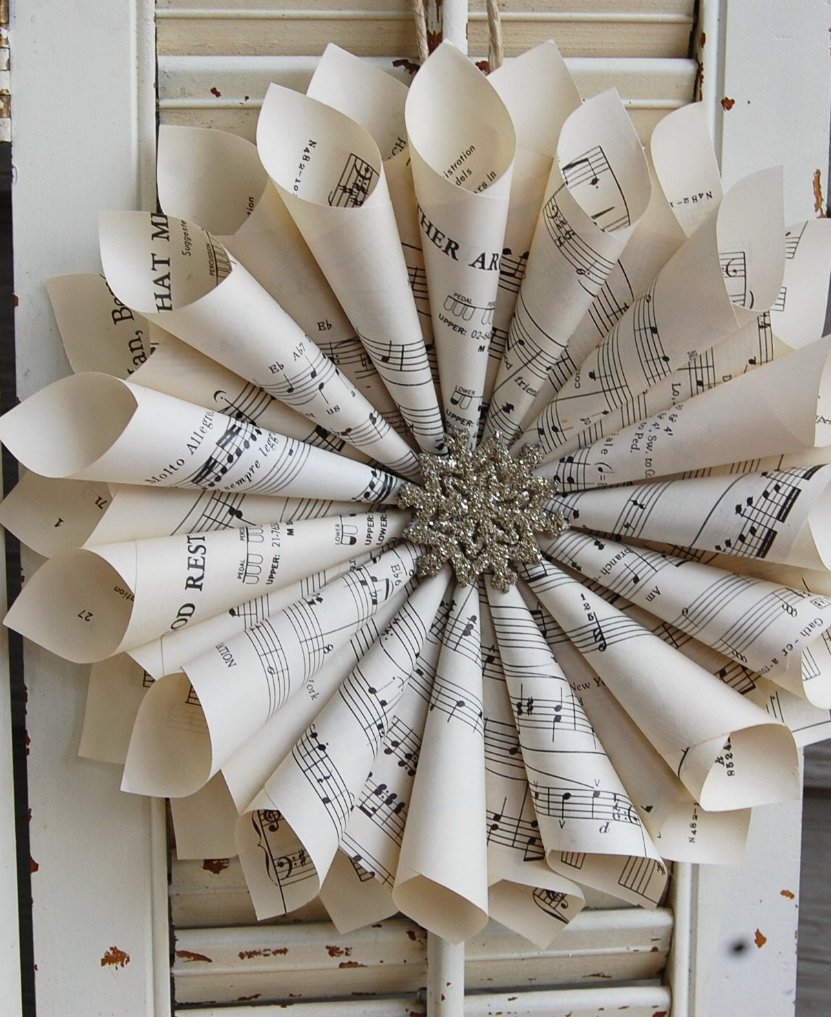 Christmas Carol Singers Decorations: Sheet Music Wreath / Winter Wreath With Silver By Roseflower48