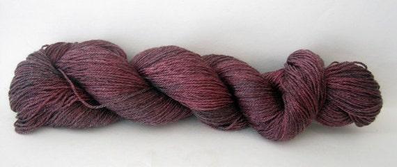 Merino Tencel Sock Yarn 100g - The Vampire