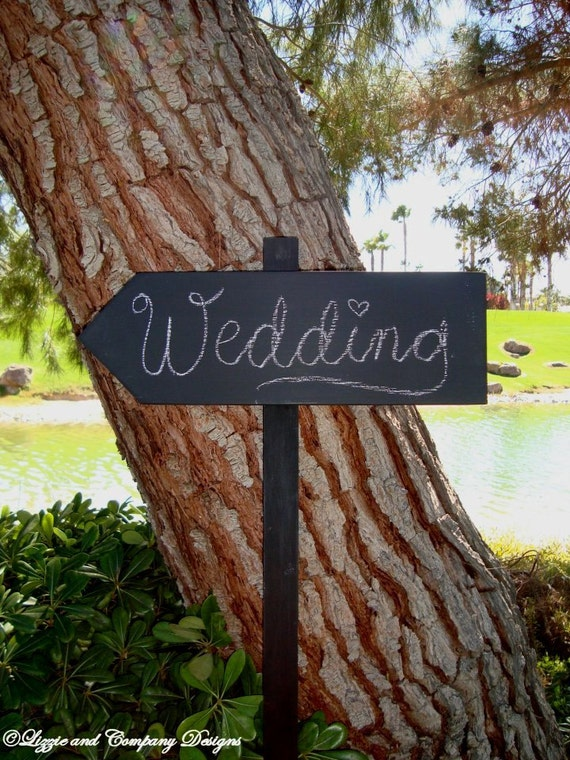 CHaLkBoaRd Sign Stake - DiReCTioNaL WeDDiNg SiGnS - Wedding Arrow SIGNS - Stake Chalkboard Sign on 4ft Stake - CHARCOAL BLACK - 17 X 5