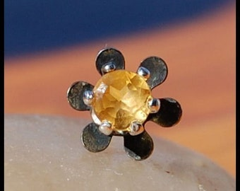 Flower Nose Stud - Black Eyed Susan - Sterling Silver and Citrine Nose Stud - CUSTOMIZE
