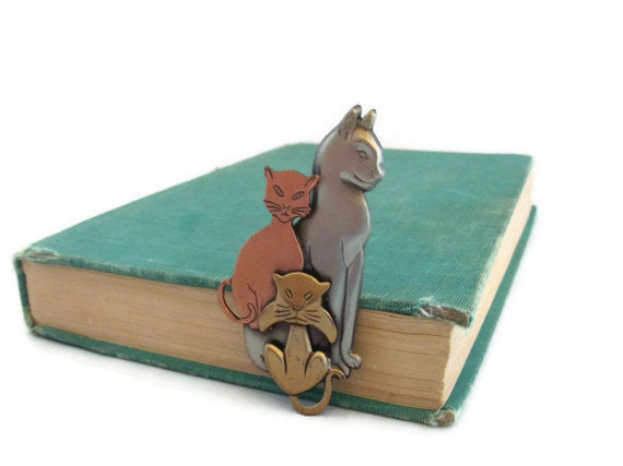 RESERVED FOR MELISSA Cat Pin, Metal Cat Brooch - Vintage
