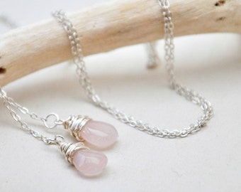Pink Drops Lariat Necklace- Pink quartz and silver toned chain.