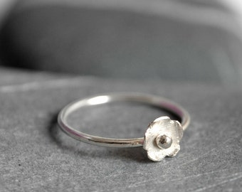 Sterling silver ring in bloom - ring with 6mm flower - MADE TO ORDER