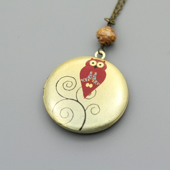 Owl Locket necklace with cream bead Long