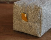 Gray Day Box Bag