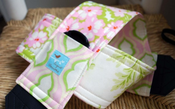 Camera Strap Nicey Jane Cream Picnic Bouquet, Reversible, Built in Lens Cap Pocket