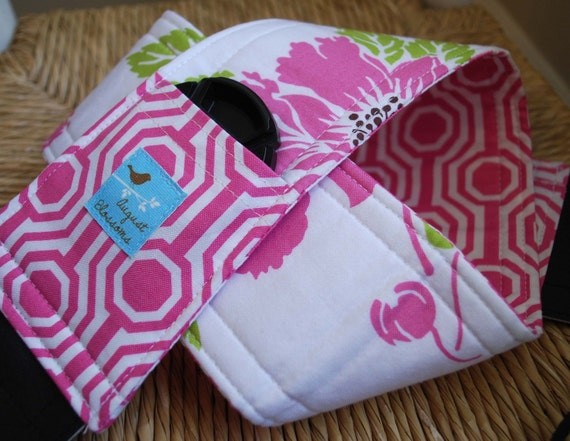 Camera Strap, Pink and White Dolce, Reversible, Built in Lens Cap Pocket