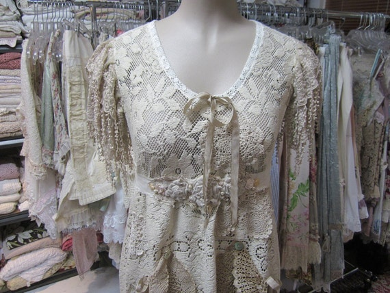 CUSTOM listing for KRISTIN MCKELVIN.... alteration.. addition of lace half sleeves to Vintage Kitty tunic dress..