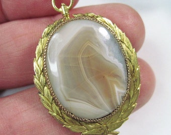 Victorian Agate Pendant - Converts To Brooch - Antique Jewelry - Gold Filled - Laurel Leaves - C1900