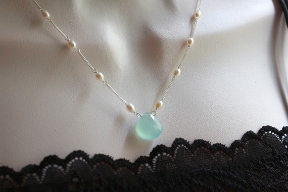 Free Shipping in US -  Chalcedony and White Freshwater Pearl Necklace - Winter weddings, Christmas gift idea