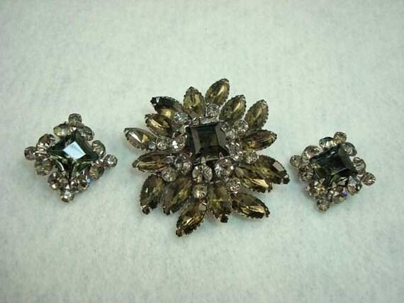 Vintage Smoky Gray Rhinestone Pin Earrings Set