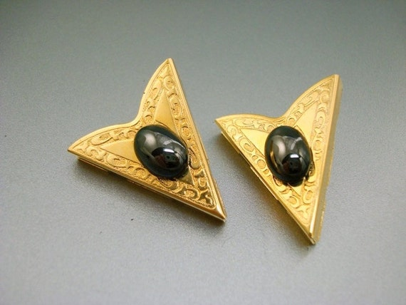 Vintage Western Collar Points with Black Stone