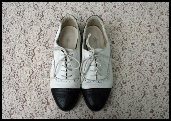Size 7.5 Vtg 80's Black White Oxford Flats 8