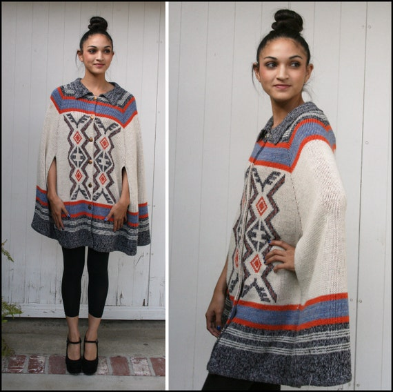 Vtg 70's Native Print Pancho Indian Head Buttons