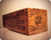 Dovetailed Vtg Box with Cow Face Graphic