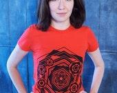 Hexagon t-shirt S M L