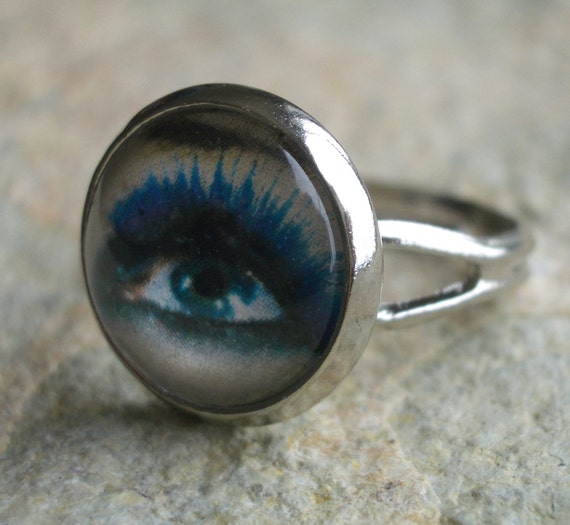 Silver Plated Brass Blue Eye & Makeup Ring, Adjustable
