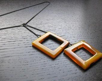 Honey agate squares lariat necklace