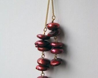 Crimson cultured pearl lariat necklace