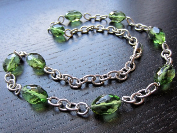 Apple green faceted glass and bold chain necklace