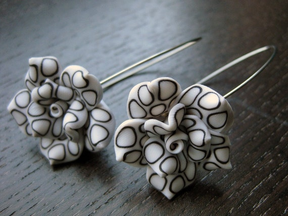 High Contrast: Black and white modern floral earrings