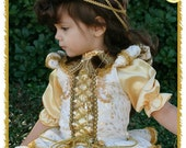Renaissance Costume PAGEANT Dress with MINK and Lace Collar Necklace Cosplay