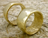Personalized Finger Print Wedding Rings in 14K Yellow Gold with Rounded Glossy Surface Size 8/8mm & 6/10mm