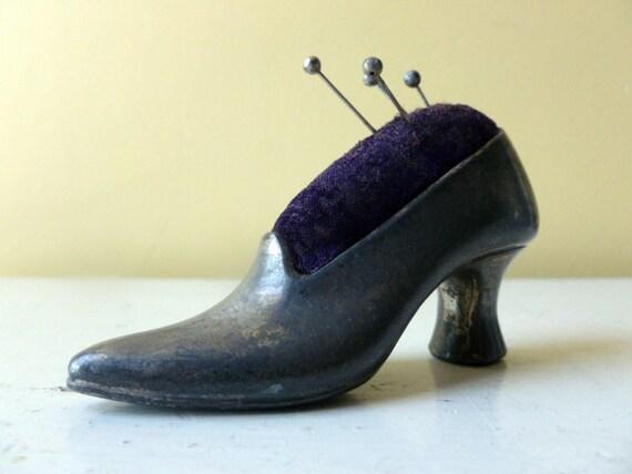 Shoe Pin Cushion
